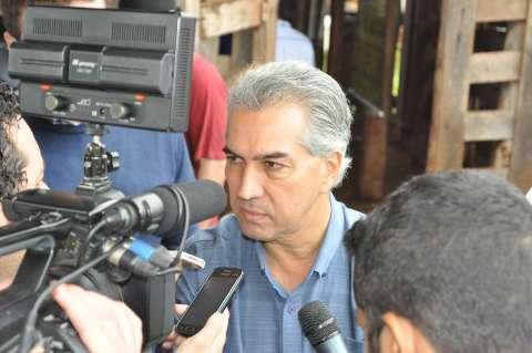 Reinaldo cita crise e diz que irá continuar diálogo com servidores