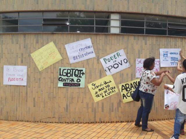 Universitários organizaram ato de protesto nesta sexta-feira. (Foto: Divulgação)