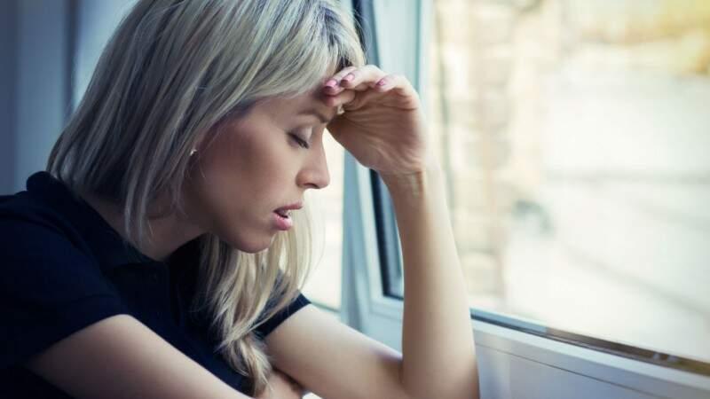 Dor de cabeça afeta 30 milhões de brasileiros