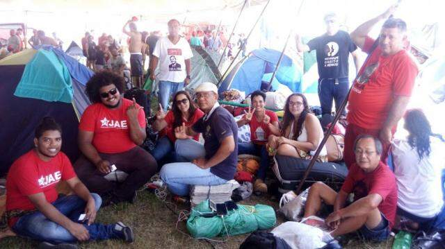 Grupo de MS está acampado no Rio Grande do Sul para defender Lula. (Foto: Direto das Ruas)
