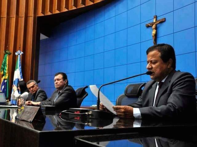Deputados aprovaram projeto na sessão desta terça-feira (Foto: Victor Chileno/ALMS)