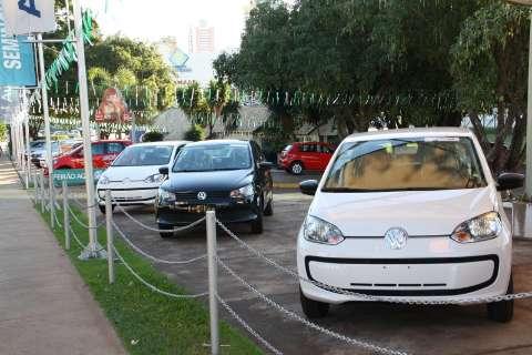 Venda de veículos cai ainda mais e esperança do setor é IPI reduzido