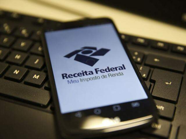 A declaração pode ser feita de três formas: pelo computador, por celular ou tablet ou por meio do Centro Virtual de Atendimento (e-CAC). (Foto: Marcello Casal JrAgência Brasil)