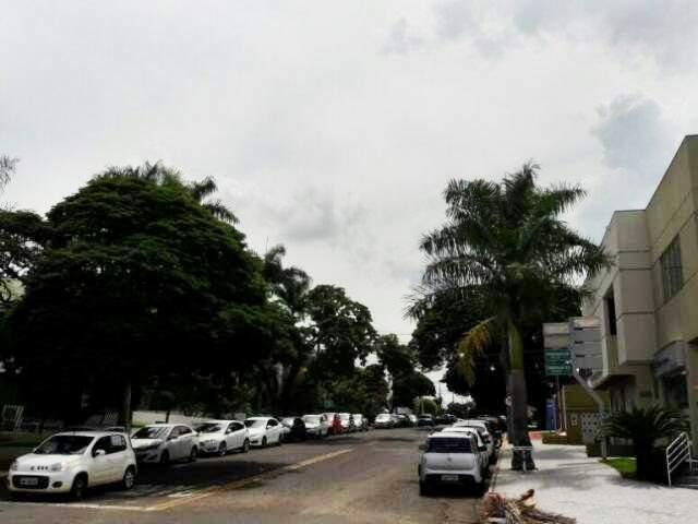 """""""Nuvens carregadas"""" começam a aparecer na tarde desta terça-feira (Foto: Anahi Zurutuza)"""