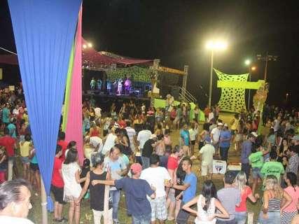 Piraputanga atrai turistas para o tradicional carnaval ecológico