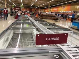 Freezer vazio: congelados no alvo dos consumidores (Foto: Jones Mário)