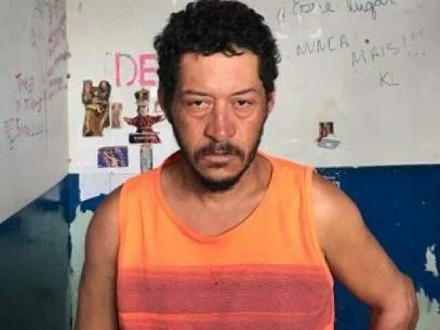 Suspeito foi preso em flagrante pela Polícia Civil (Foto: Divulgação)