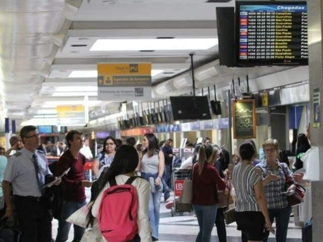 Movimentação de passageiros no Aeroporto Internacional de Campo Grande. (Foto: Arquivo)