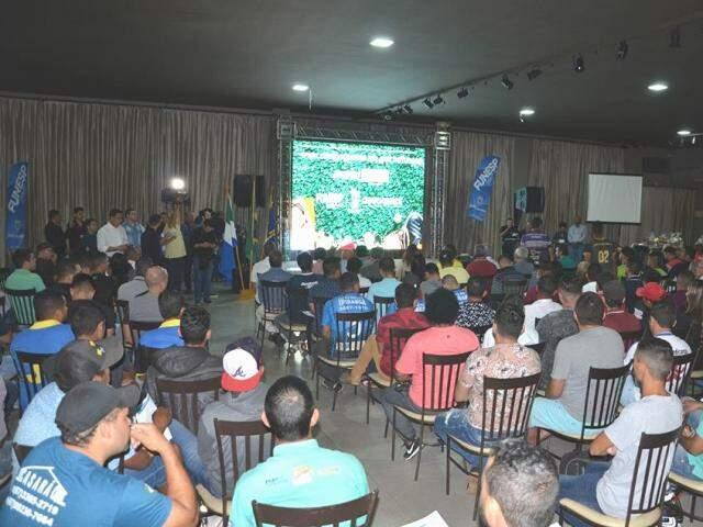 Festa de lançamento da competição que movimentará times de futebol amador (Foto: PMCG/Divulgação)