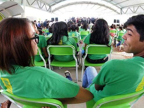 Alunos da rede estadual durante evento do Governo do Estado (Foto: Edemir Rodrigues/Governo do Estado)