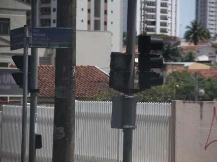 Duas empresas são classificadas na licitação dos semáforos de R$ 35 milhões