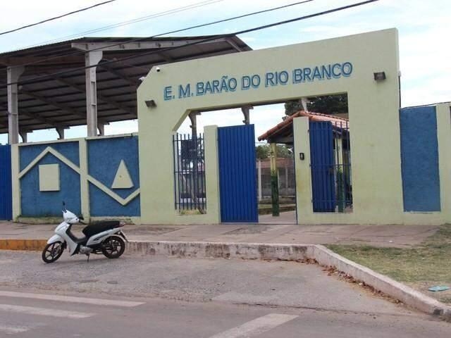 Escola Municipal Barão do Rio Branco em Corumbá é uma das escolas que receberão os cursos. (Foto: Alexandre Francisco/Campus Corumbá/IFMS)