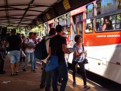Ônibus mais caro leva até um terço do salário do trabalhador, calcula economista