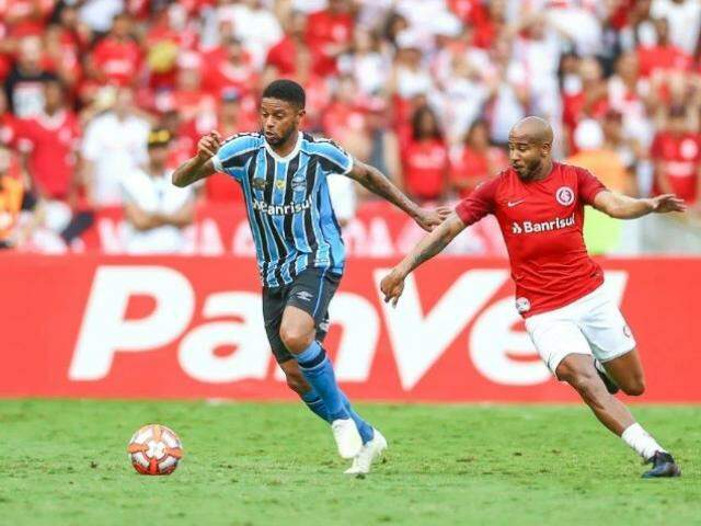 André tenta escapar da marcação da defesa do Colorado (Foto: Grêmio/Divulgação)
