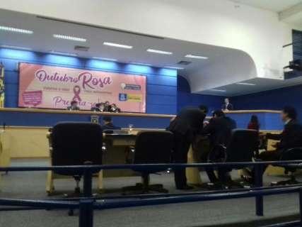 Câmara aprova proibição de homenagem a quem foi condenado