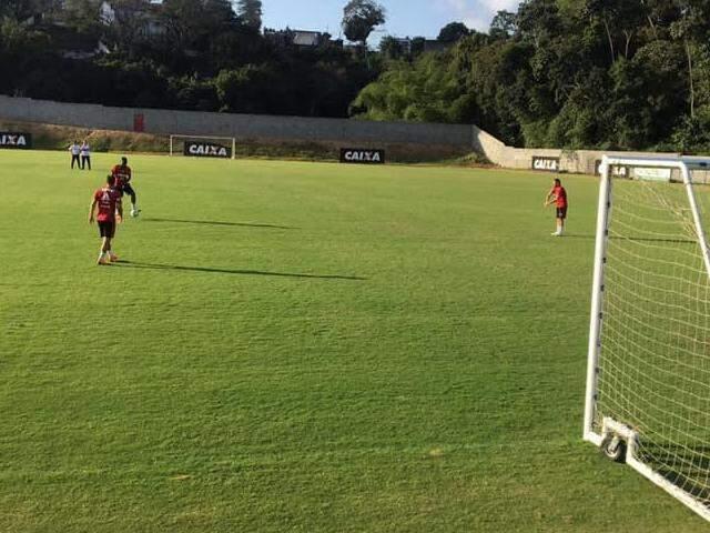Treino do Flamengo em Salvador, onde o clube encara o Bahia neste sábado tendo a estreia do treinador Dorival Junior. (Foto: Flamengo/Reprodução/Facebook)