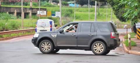 Falta de semáforo em cruzamento movimentado na Ernesto Geisel provoca acidentes e preocupa moradores