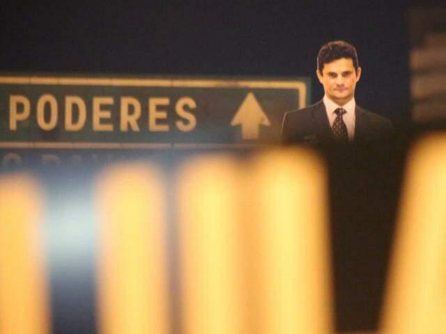 No protesto contra o governo petista, juiz da Lava Jato vira personagem de destaque (Foto: Marcos Ermínio)