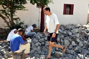Escadarias serão construídas com pedras da própria região (Foto: Conde/ Bonito Informa)