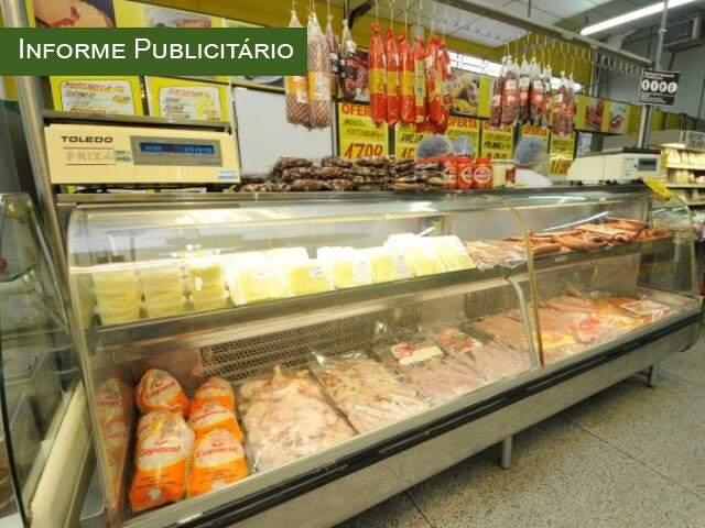 Casa oferece produtos com descontos que variam de 20% a 30%. (Foto: Alcides Neto)