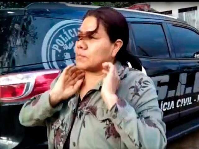 Líder indígena após o flagrante feito pela Polícia Civil. (Foto: Reprodução)