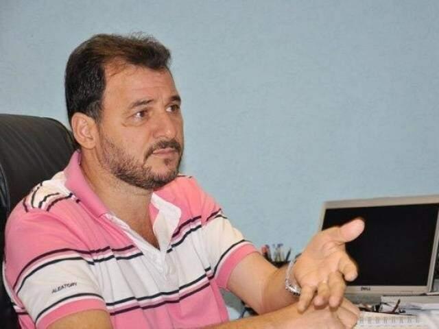 Prefeito de Costa Rica em entrevista (Foto: Divulgação)