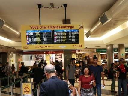 Neblina fecha Aeroporto de Campo Grande e 2 voos ficam sem hora para chegar