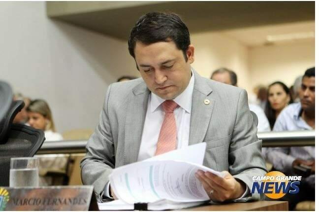 Para deputado Márcio Fernandes população precisa se conscientizar para não cometer tais falhas. (Foto: Arquivo)