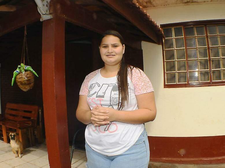 Carla Santos, estudante, diz que rodovia além de melhorar mobilidade, deixou trajeto mais seguro.