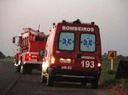 Acidente com três veículos tem uma morte confirmada na BR-267