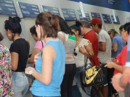 Crise põe em risco votação de medida que autoriza saque de FGTS