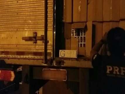 Polícia apreende carga de cigarros contrabandeados avaliada em R$ 3 milhões