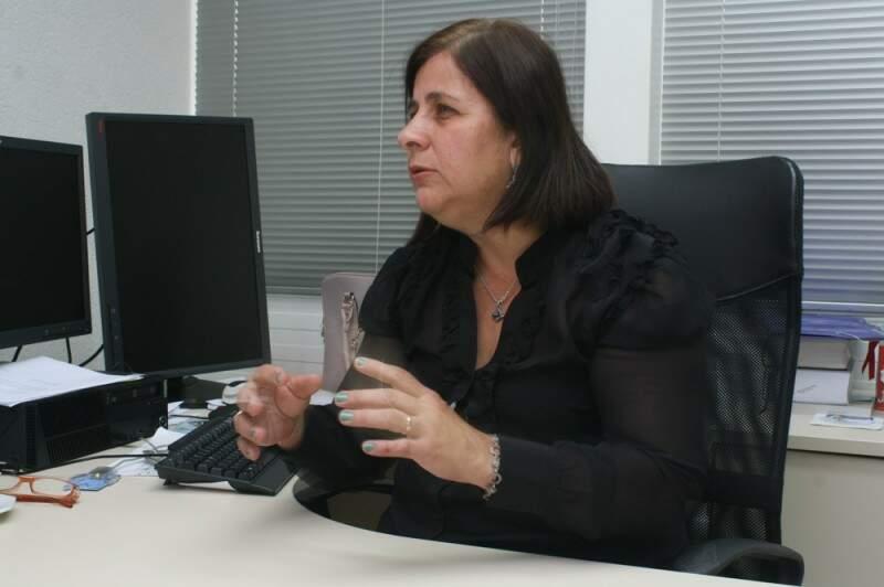 No próximo dia 10 de abril, a defensora Pública Olga Lemos discute a ampliação do horário de trabalho dos catadores (Foto: Marcos Ermínio)