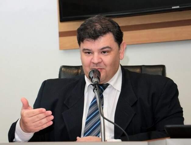 Vereador Vinícius Siqueira (DEM) pede mais fiscalização (Foto: arquivo / Izaías Medeiros)