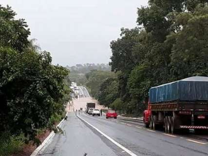 Inmet mantém alerta de tempestade em 46 cidades de MS até meia noite