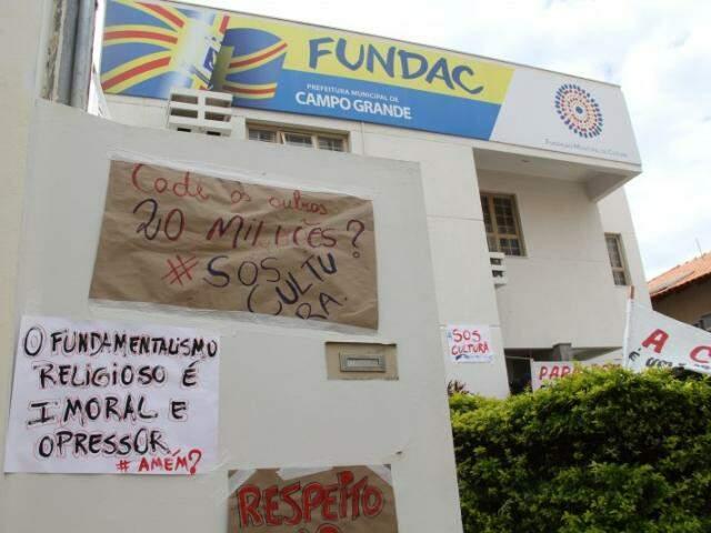 Em março deste ano, artistas ocuparam a Fundac, ainda na administração de Gilmar Olarte. (Imagem: Marcos Ermínio)