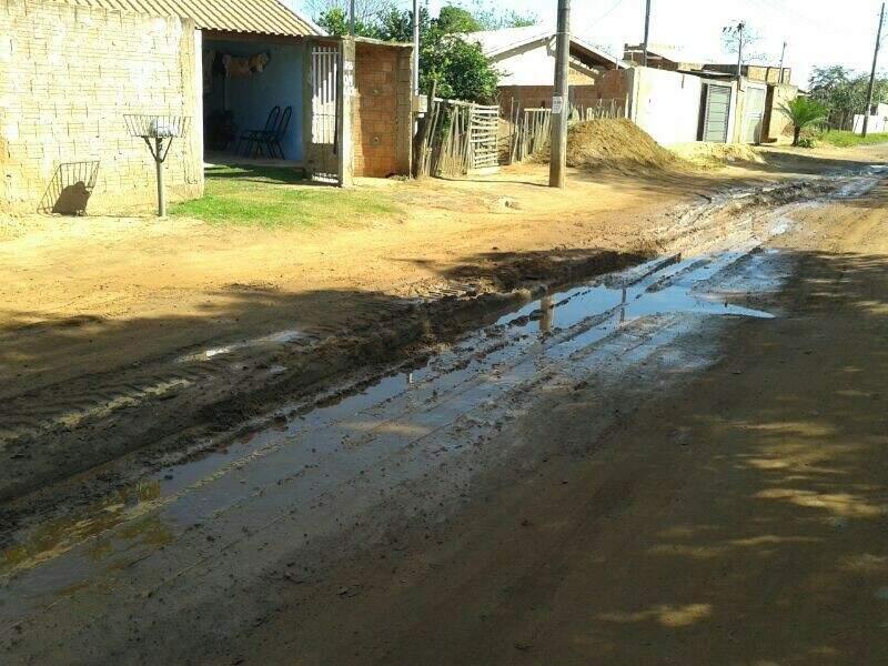 Situação precária da rua Francisco Galvão Paim. (Foto: Repórter News)