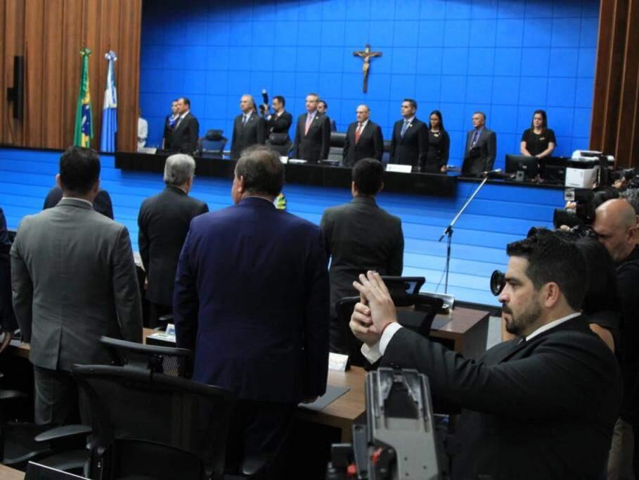 Plenário na sessão de abertura dos trabalhos legislativos desta segunda-feira (4) (Foto: Marina Pacheco)