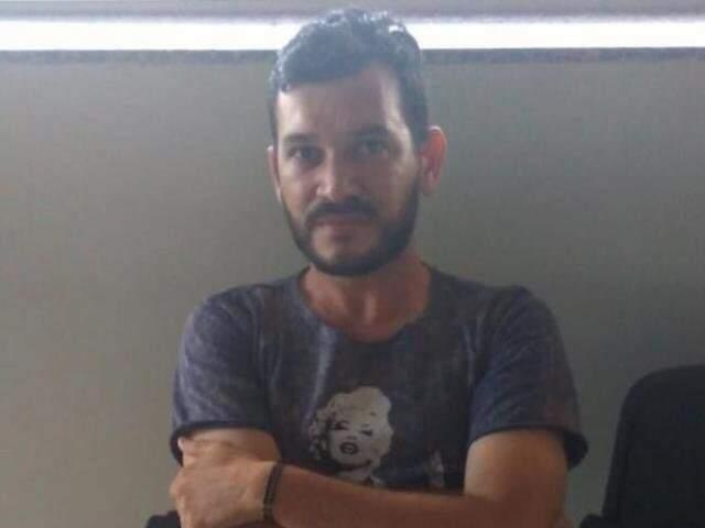 Hugleice da Silva após ser preso pela PRF em MS. (Foto: Direto das Ruas)