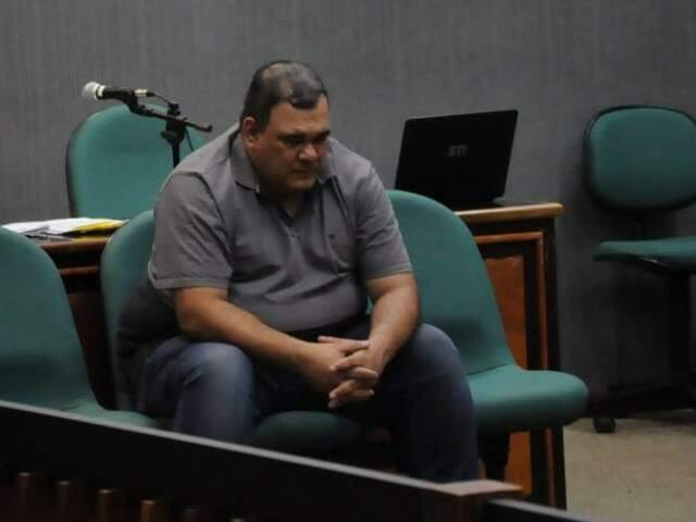 Antônio durante julgamento nesta tarde (29), quando foi absolvido pelo júri. (Foto: Paulo Francis)