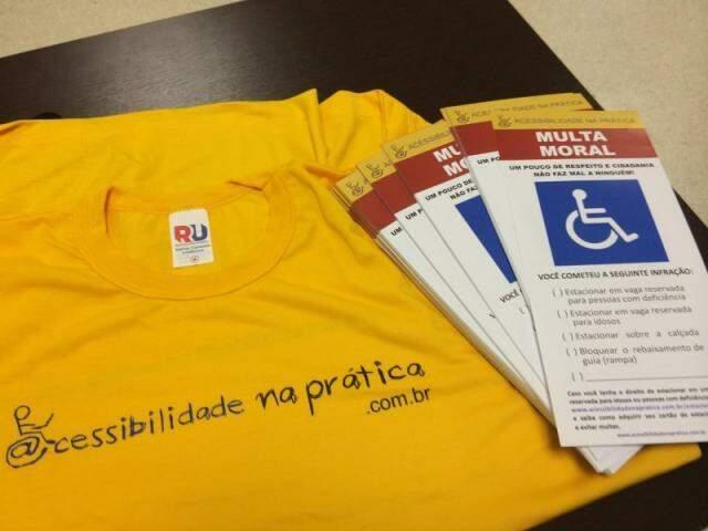 Quem contribuir, recebera camiseta e bloquinho. (Foto: Divulgação)