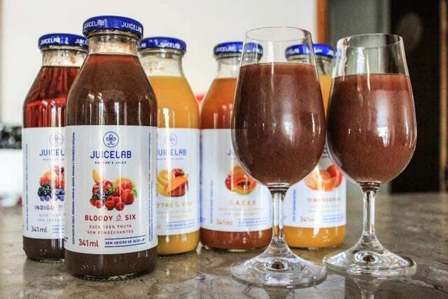Marca de sucos tem sabores simples ou exóticos, sem adição de açúcar.