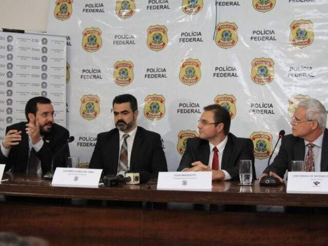 Mazzoti assume a chefia no lugar de Luciano Flores (segundo, da esq p direita) (Foto/Arquivo: Marina Pacheco)