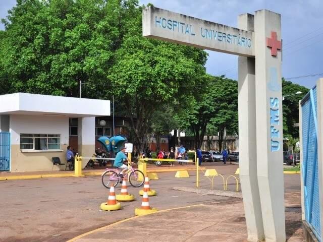 Entrada do Hospital Universitário, em Campo Grande (Foto: MPF)