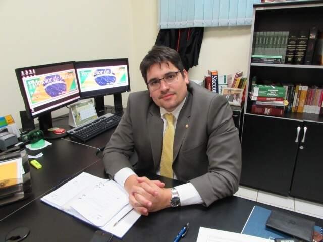 Promotor afirma que o MPE acompanha as ações ambientais feitas no município. (Foto: Divulgação)
