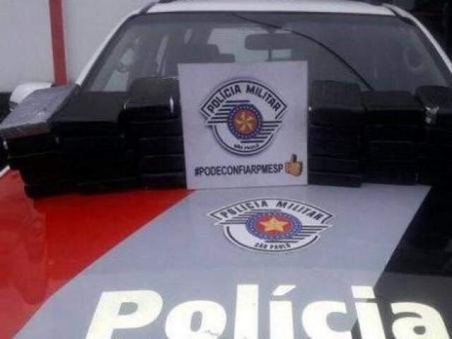 No total, foram apreendidos 30 quilos de cocaína (Foto: Polícia Militar de SP/Divulgação)