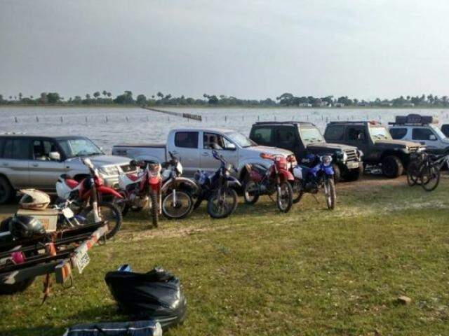 Veículos dos participantes se concentram na região da Nhecolândia (Foto: Divulgação)