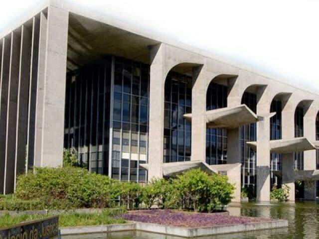 Prédio da Ministério da Justiça, em Brasília; maior parte das expulsões em MS é de servidores de órgãos dessa pasta (Foto: Divulgação)