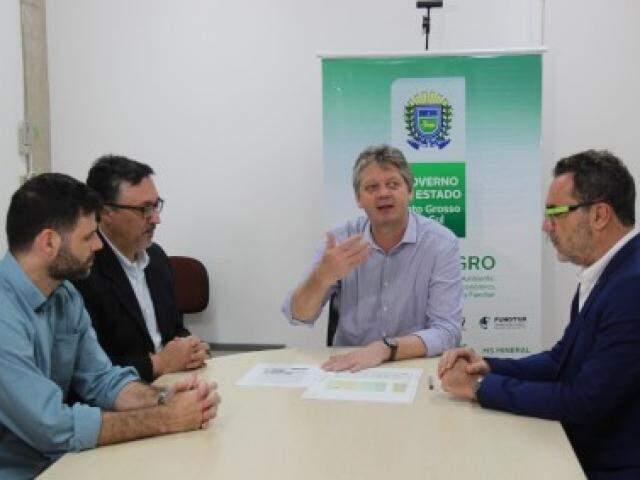 Reunião com Verruck na Semagro tratou de detalhes do novo projeto. (Foto: Semagro/Divulgação)