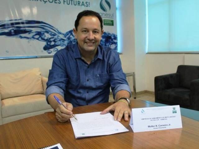 Walter Carneiro assumiu nesta sexta-feira o comando da Sanesul. (Foto: Divulgação)
